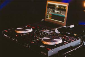 vancouver DJ playlist